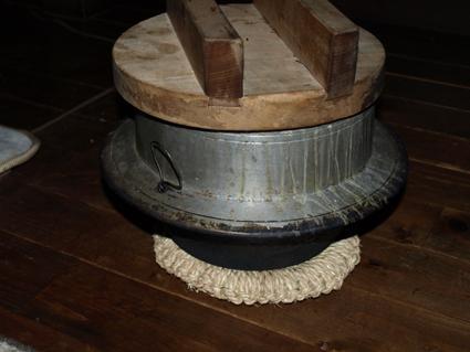 92鍋敷き