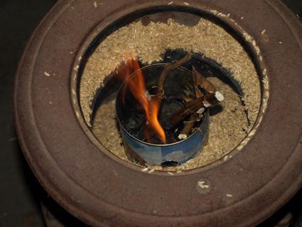5大豆ガラ燃える