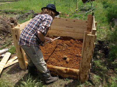 8牛糞堆肥
