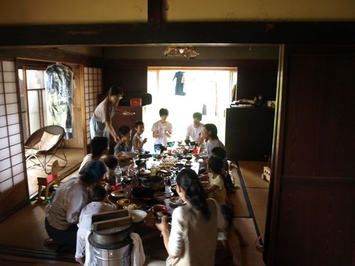 1大家族食卓