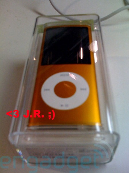 ipod_nano_4g_spy2.jpg