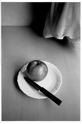 リンゴとぺティナイフ