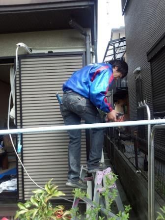 室外側配管工事