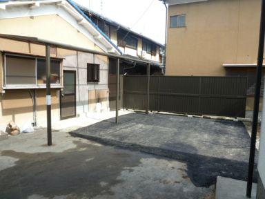 テラス、フェンス、アスファルト、外壁補修作業完了