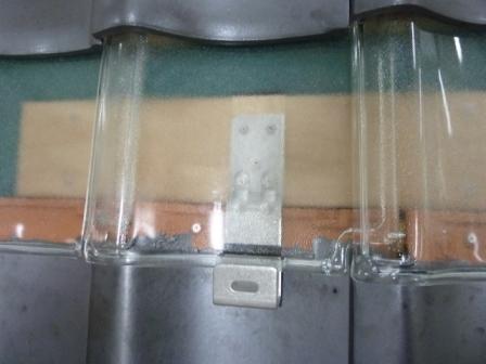 屋根差し込み金具のスケルトン仕様の展示