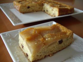 梨とラムレーズンのアップサイドダウンケーキ2