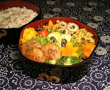 野菜たっぷり鶏つくね焼き