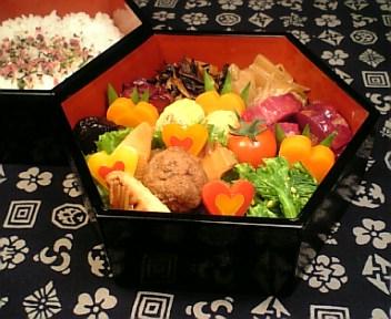肉団子と穂先筍の黒酢炒め