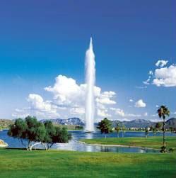 当社オフィスがある、Fountain Hillsの噴水です。