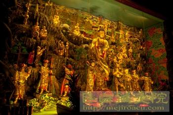 2011峨眉山仏像
