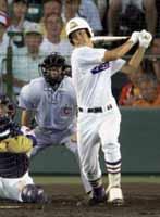 高校通算55本塁打、右打ちの強打者として注目を集める堂上