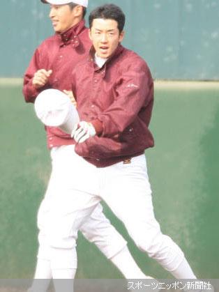 午後の練習に参加した斎藤はランニング中にも先輩に大きな声であいさつ