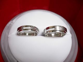 結婚指輪(拡大)