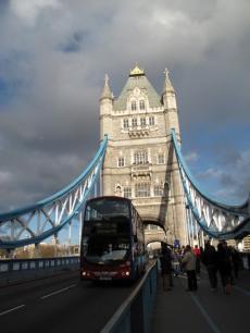 ロンドン橋の上