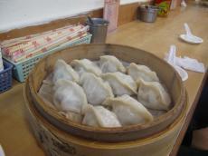 台北の蒸し餃子