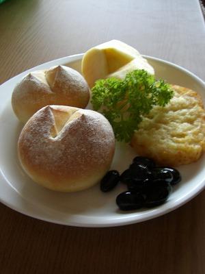 シンプルな 朝食♪