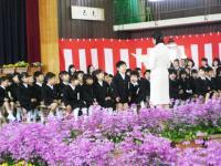 09.4.8 泉川小学校入学式