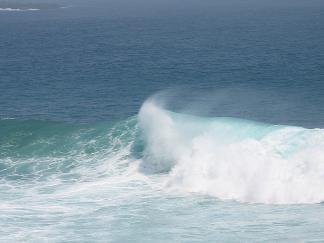 日南 いい波