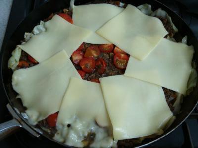 挽肉とキャベツのカレー風味チーズ焼き