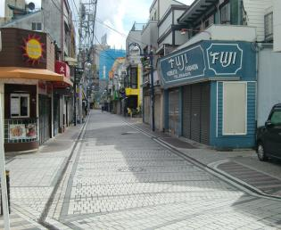 汐入(海岸通り)