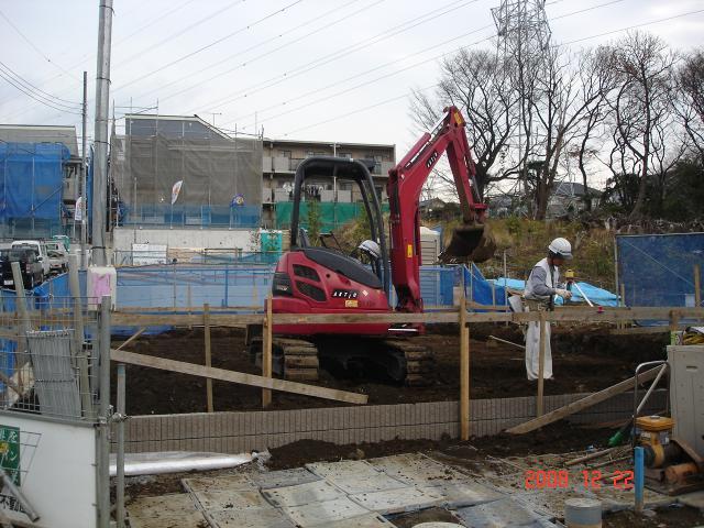 20081222ショベルカー掘り