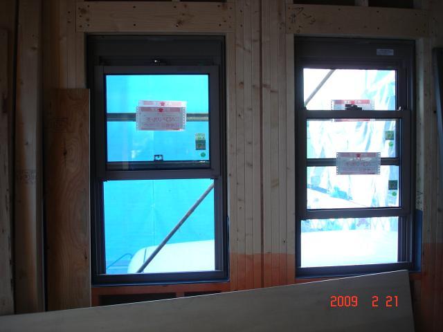 20090221西側上げ下げ窓