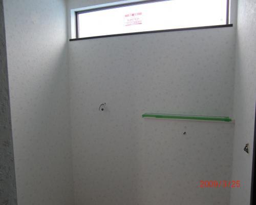 090325洗面脱衣所壁紙