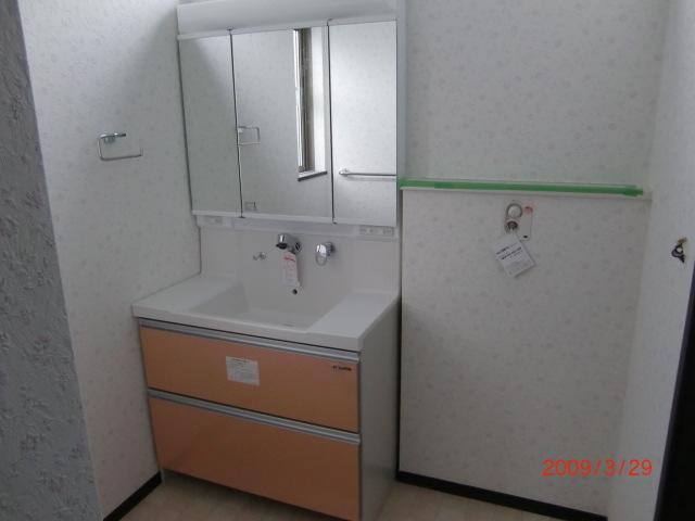 090329洗面化粧台