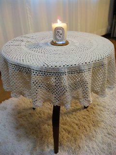 090708_tablecloth.jpg
