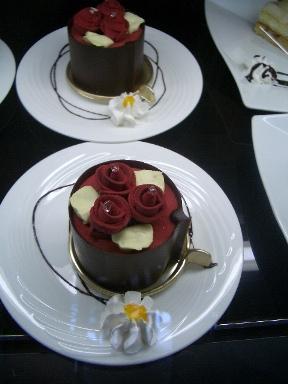 ケーキでもいかが?