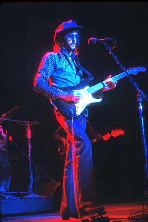 Derek+and+The+Dominos+Eric_Clapton_1970.jpg