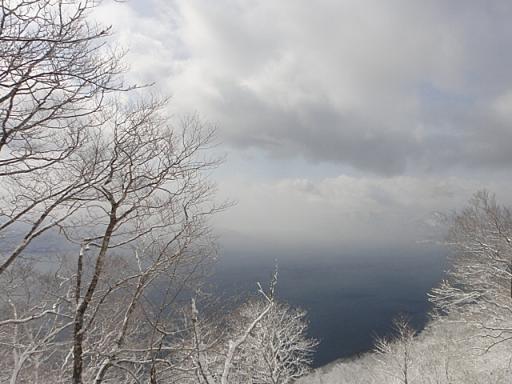 幻想的な十和田湖