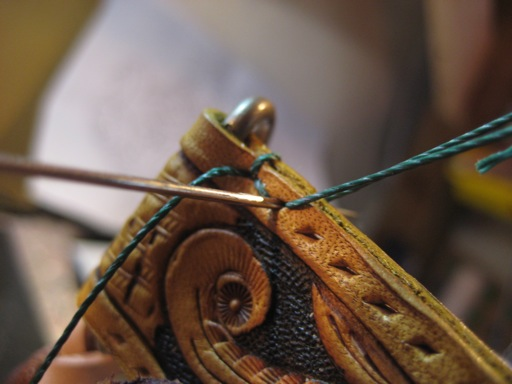 革縫い(斜め縫い