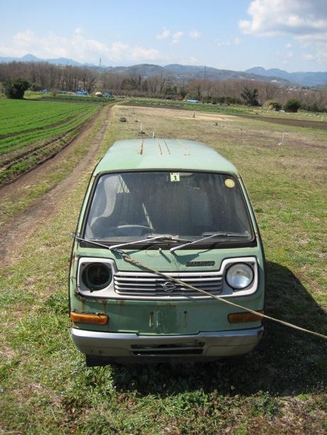 高原の廃車