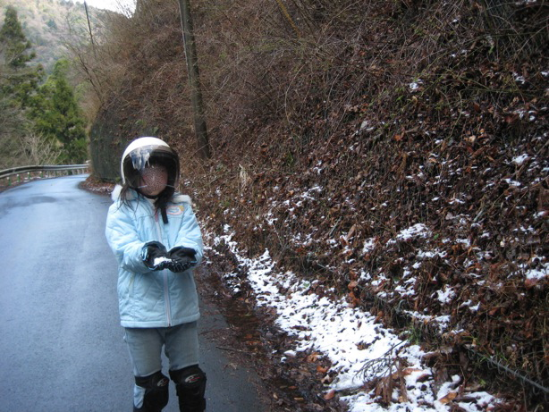 雪を触りたいって