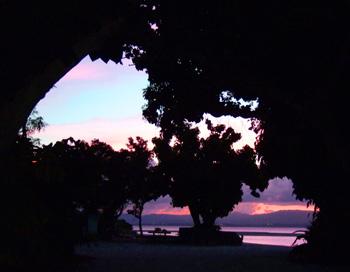 コンドイ浜の夕日1