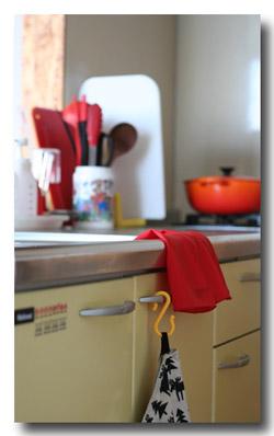 赤のゴム手袋