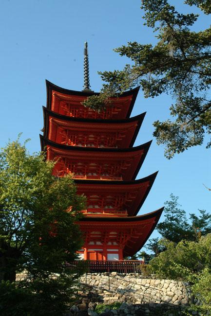 厳島神社4五重塔