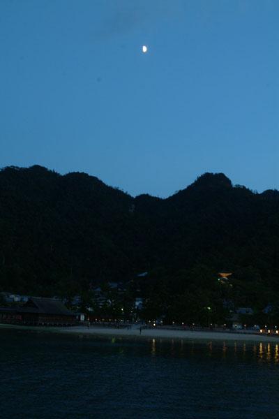 厳島神社19半月