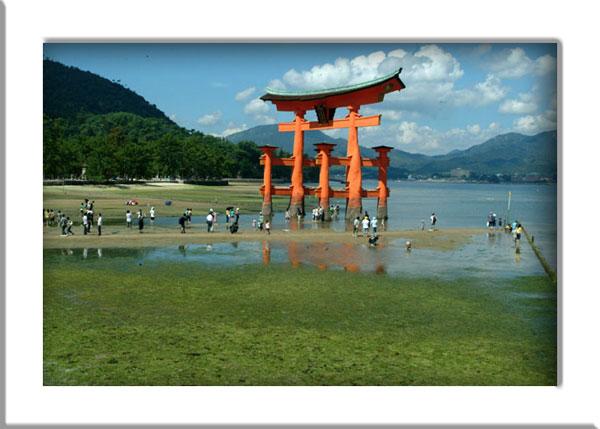 厳島神社干潮1