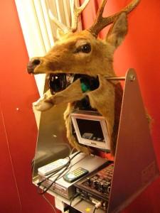 鹿型卓球練習機,鹿ボーグ