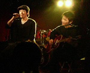 20081111trilive1.jpg
