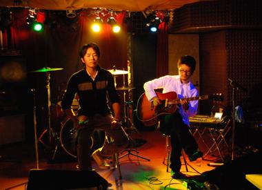 20081125trilive2.jpg