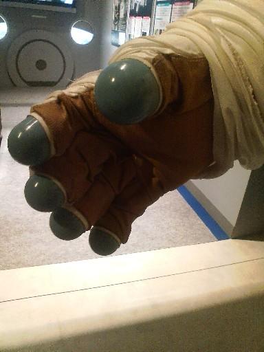 宇宙服の手