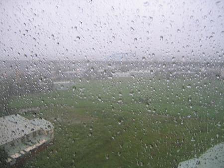 4205台風の雨