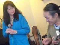 ボーカル受講者の石鍵加代子さんと講師g村山義光氏