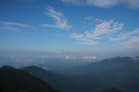 搭ノ岳山頂から見えた富士山