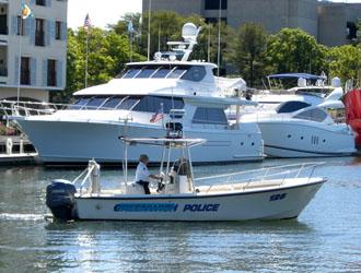 policeboat_250