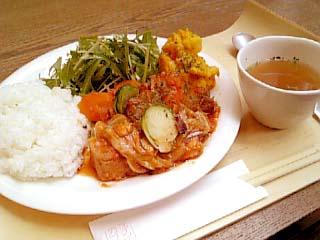 TACY CAFE 春キャベツと豚バラのトマト煮
