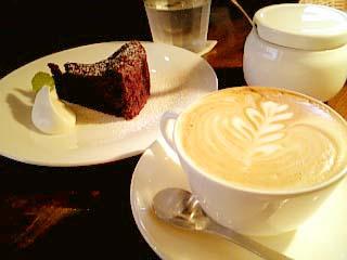 cafe haven't we met ガトーショコラ+カプチーノ